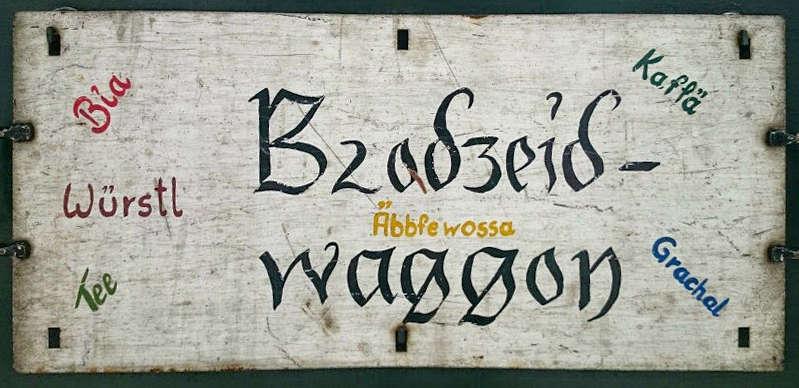 Brodzeidwaggon - Schild auf einem Waggon der Tegernseebahn